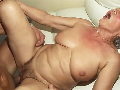 77 years old mom rough fucked