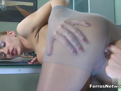 Anal-Pantyhose Video: Rosa and Rolf