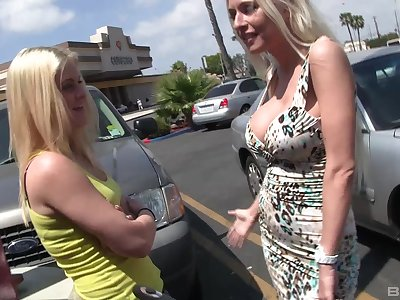 Amazing lesbian Riley Evans gets their way pussy licked and pleased