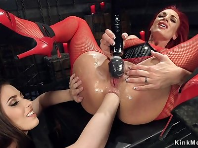 Redhead Mom lesbian ass sex fisted