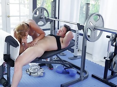 Sporty Mercedes Carrera gets a workout in before an outstanding screw