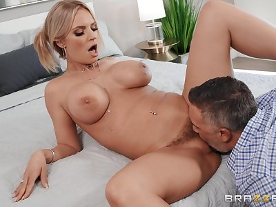 Pretty good MILF with premium curves, nasty couch sex convenient abode