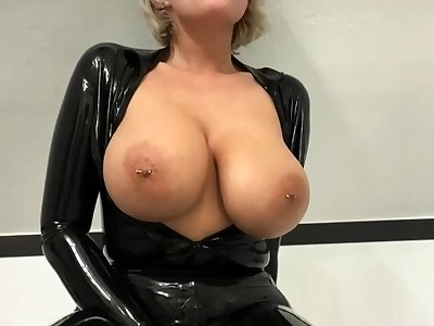 Busty second-rate milf wears latex unvarying and high heels