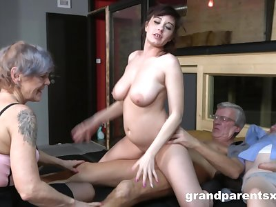 Nude matures fucked wide of a pair of old men in serious foursome