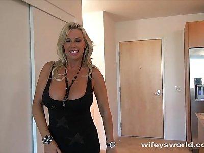 Wifey Fucked By Big Black Blarney Plus Swallows Cum